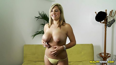 Big tits Dayna comes for an audition
