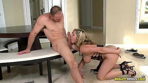 Titty fuck and a nice blowjob from a curvy babe