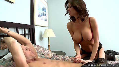 Veronica pulls out her big tits