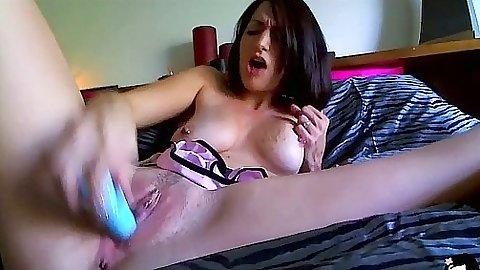 Dildo fucking upskirt home video babe