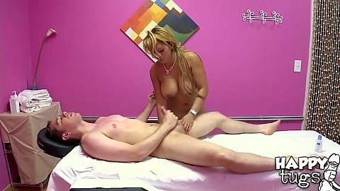 Handjob with ejaculation to finnish off with a wipe