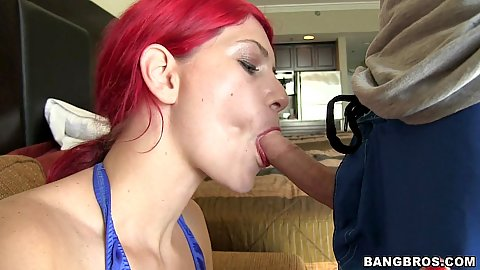 Nice close up deepthroat from red head