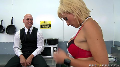 Big tits lexi working in Kitchen