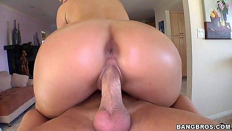 Phoenix Marie spreads vagina on massage table