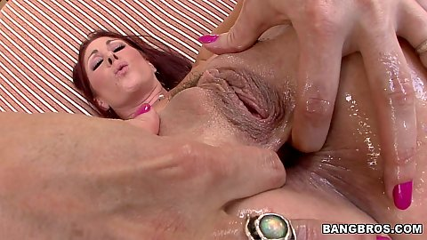 Tifanny Mynx spreads and anal sideways fuck