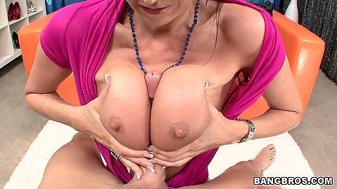 Eva Karera titty fucking with her big milf tits
