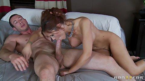 Hot milf Syren Demer gets anal fucked sideways