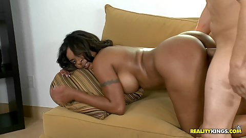 Black babe Deerida fucked from the rear in doggy