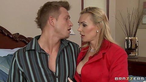 Milfs like it big Tanya comes to visit bill