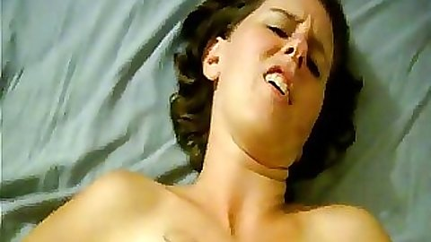 Hot babe with tattoos fucked at home on home video