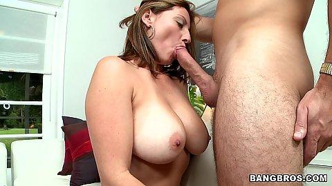 Big tits latina milf Lisa sucking cock