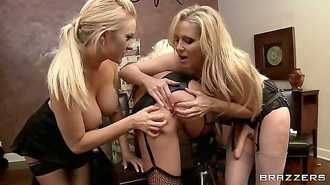 Britney Amber and Summer Brielle spreading some lesbian ass with anal strap on fuck