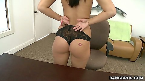 Spicy Taylor Bell takes off her panties and goes down for a blowjob