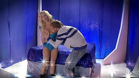 Blonde babe Tasha Reign sucking dick and pussy licked