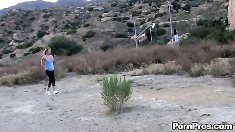 Working out babe Heather Starlet violated while jogging in park