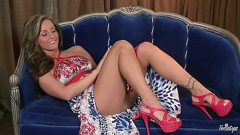 Melissa XoXo sits on sexy in that dress giving you a tiny peak