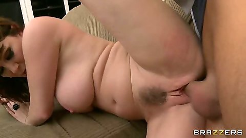 Sideways pumping big ass milf RayVeness with hairy twat