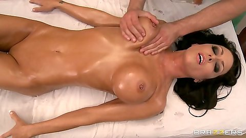Jessica Jaymes enjoying a nice oil nude massage
