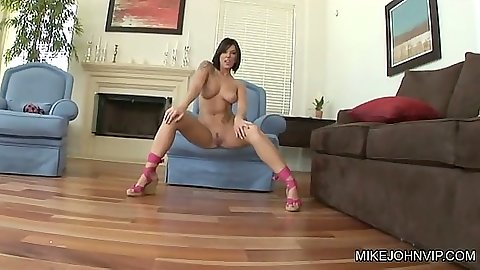 Latina spreading legs and giving upskirt peeks