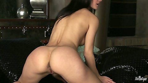 Melisa Mendiny playing with self in self shot scene
