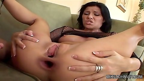 Gaping asshole on brunette with natural boobs Taryn Thomas after anal