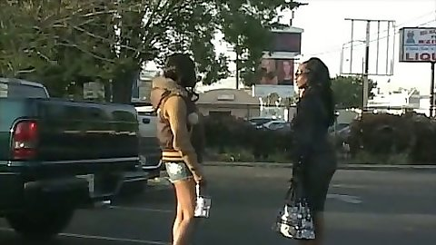Two ebony babes Cali Caramel and Beauty meet outdoors