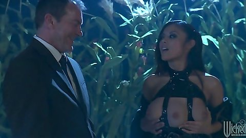 Asian babe Kaylani Lei in the jungle wearing fetish clothes sex