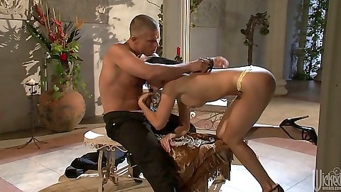 Blowjob and pussy licking with natural medium tits India Summer