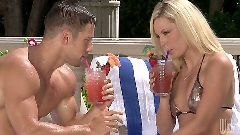 Blonde Kiara Diane outdoors in a cute bikini gets touched