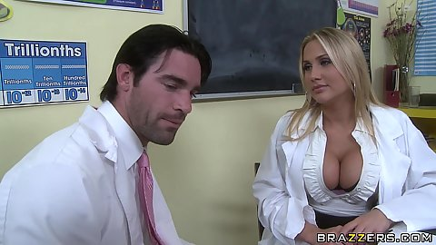 Big tits chick in a chemistry class tries special mixture