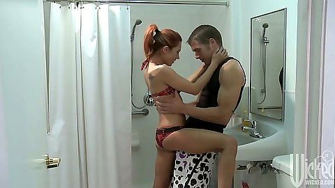 Redhead Kirsten Price making out and going down to suck in shower