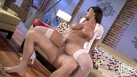 Reverse cowgirl sex with milf doctor Lisa Ann fucking dick