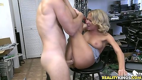 Sex on the stool with medium tits milf and pov blowjob