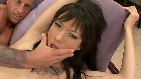 Horny asian Coco Velvet sidewys fucked