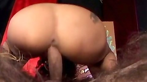 Cowgirl fucking Olivia Del Rio and anal penetration