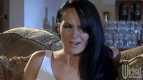 Brunette milf Mikayla Mendez makes out with man