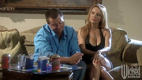 Blonde big tits Janet Mason has a chat over beer then leans for blowjob