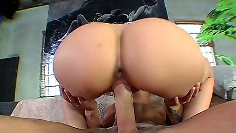 Round perfect ass Jenny Hendrix jumping on cock and sucking dick