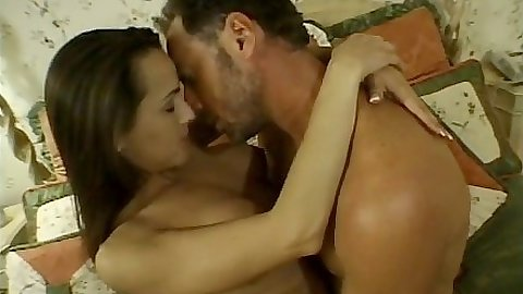 Making out with brunette Tina Thomas and licking her pussy close up