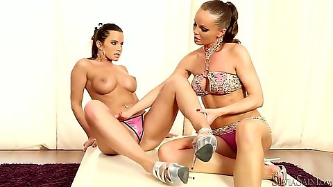 Big tits milf lesbian babe Cindy Dollar and Silvia Saint licking each other