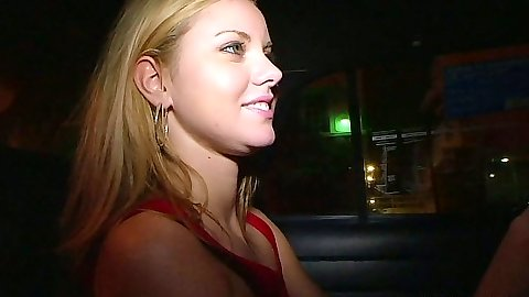 South beach cutie Jessie Rogers in public looking for some