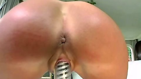 Shaved pussy dildo fun with Diana sucking cock