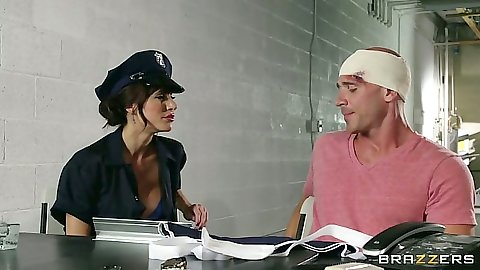 Prison guard cop Gia Dimarco seduces inmate