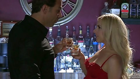 Blonde Lexi Belle having drinks and makes out with man