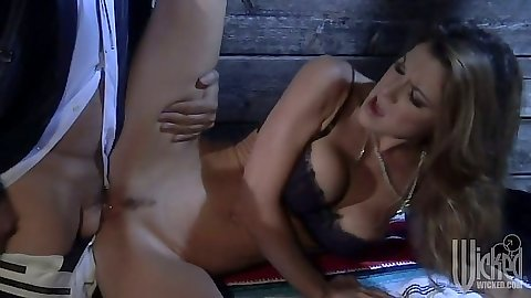 Sexy babe Kayla Paige fucked and deepthroats near a shed