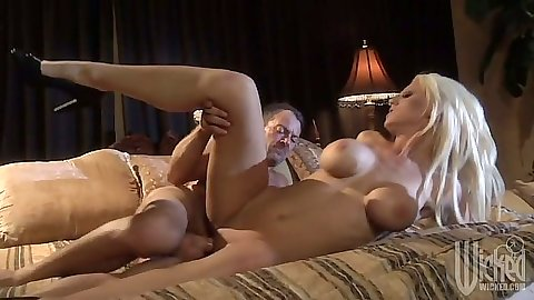 Sideways perfect body milf fuck with Tanya James