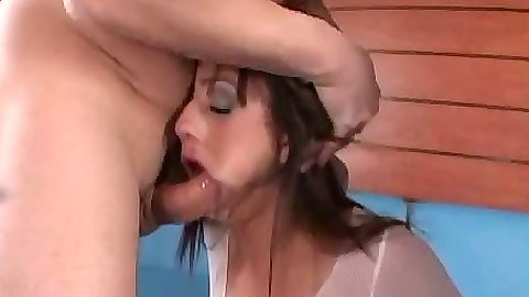 Rough sex blowjob from Nadia Styles