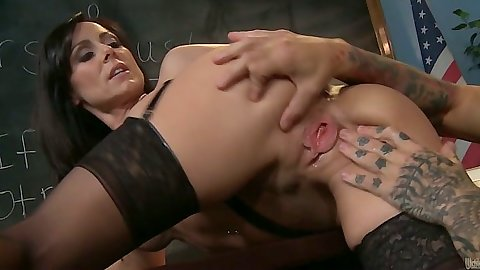 Ass spreading Kendra Lust with handjob