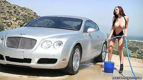Carwash from naked Amy Reid outdoors