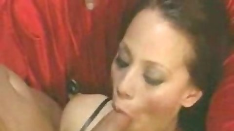 Blowjob from Malorie Marx and fingering close up
